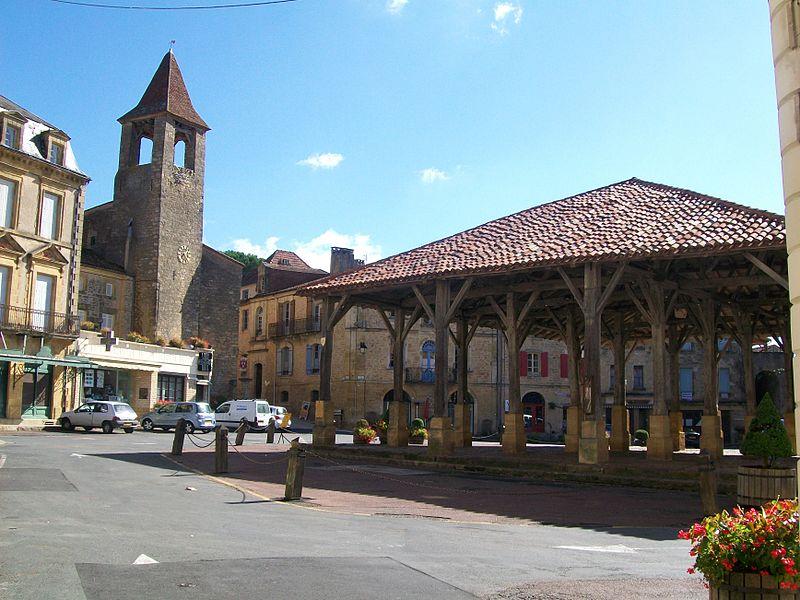 Overdekte markthal in Belvès